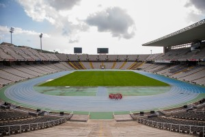 000_estadi_olimpic_pitch_and_tribunes_barcelona_location_bsm