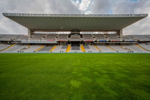 006_estadi_olimpic_pitch_and_tribunes_barcelona_location_bsm