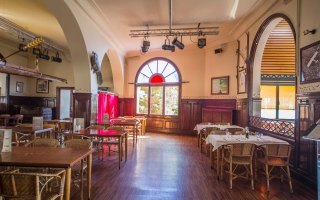 001_restaurant_la_masia_barcelona_location_bsm